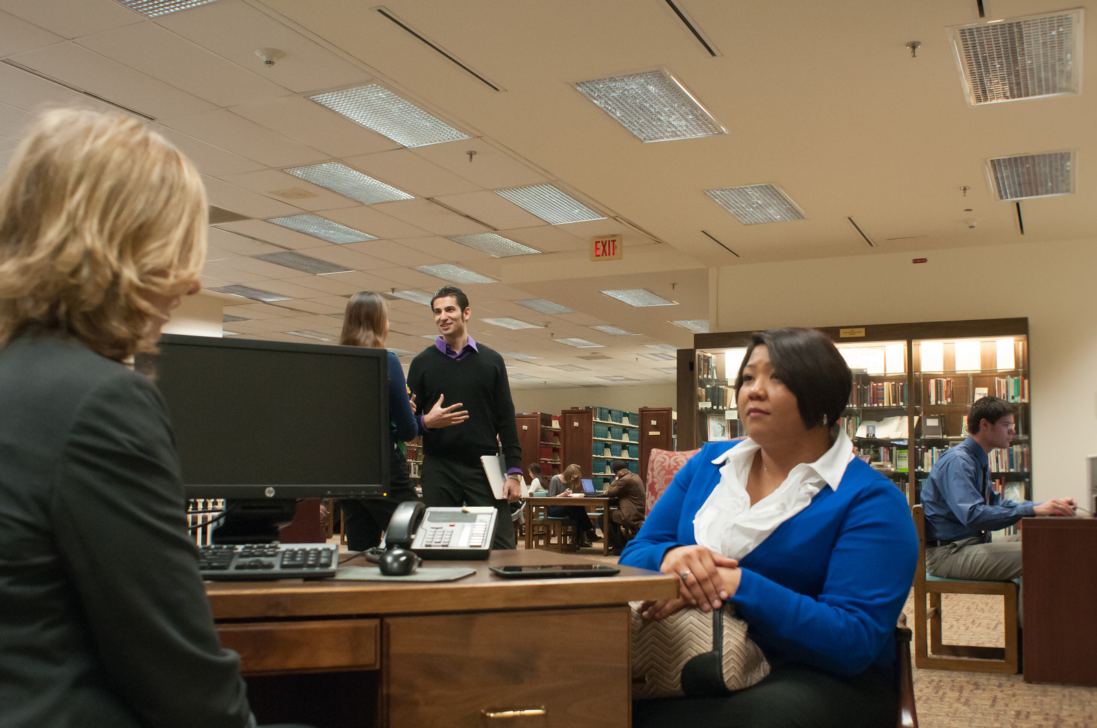 Picture of reference desk